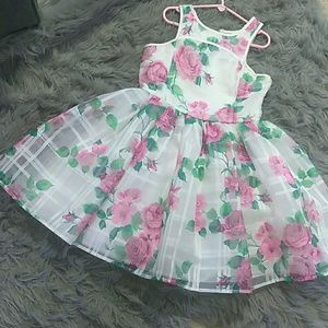 Other - 💗👗Girls Beautiful Floral Print Dress Worn Once!